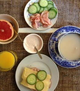 Men yes alltså yes vilken frukost.