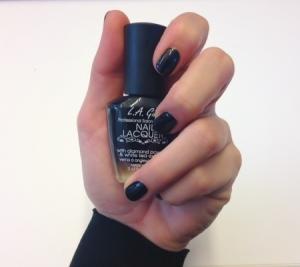 Har haft ljusa naturliga naglar så länge nu, det var dags för en förändring.