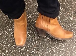 Låter mycket om de här bootsen också.
