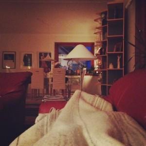Soffa, filt och tupplur på landet. Bäst.