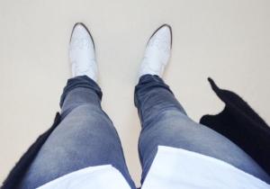 Missade ju att lägga upp min softa fredagsoutfit i all röra. Ä-L-S-K-A-R mina vita boots.