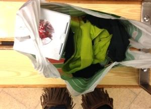 """Härlig blandning i min """"väska"""" idag på väg hem från jobbet: träningskläder och en flaska Taittinger."""