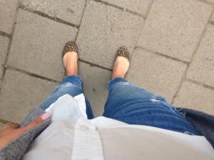 Plus trasiga jeans såklart.