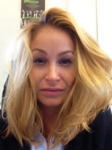 Jag måste verkligen gå till Bea och fixa håret ser jag nu.