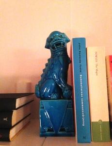 Och såklart de vansinniga och fantastiska bokstöden jag fick (efter en del tjat) av min snälla syster.