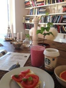 Ändå mysig frukostutsikt.