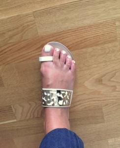 Ful bild, fin sandal. Köpte i Grekland för ca 100 kr!