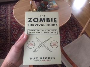 Denn goding hade jag beställt, samma författare som skrev World War Z. Mys.
